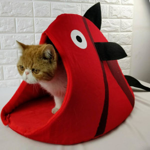 Fish Shaped Cave Pet Bed Red