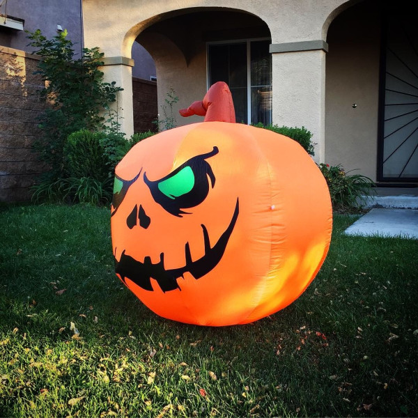 4' Smiling Pumpkin Light Up Halloween Inflatable By Comin™